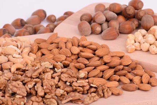 Na koje načine možemo da jedemo orašaste plodove i semenke?